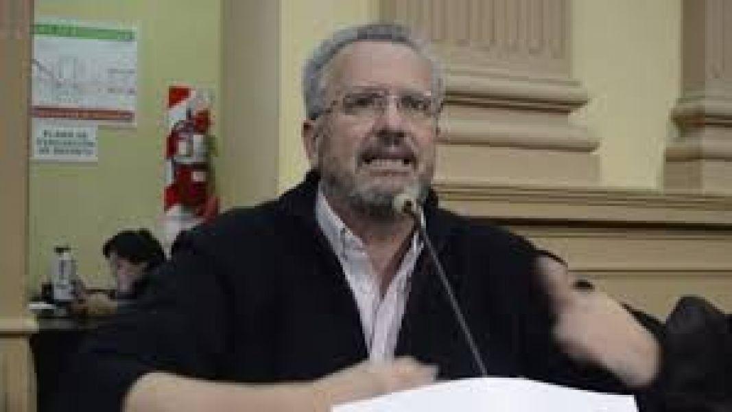 Claudio del Plá, diputado provincial pidió un informe sobre el contrato de provisión de gas natural a la empresa Nitratos Austin SA.