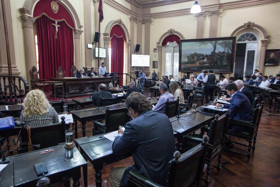 Diputados sesionó ayer luego de tres semanas donde no hubo reuniones debido a las elecciones tanto nacional como provincial.