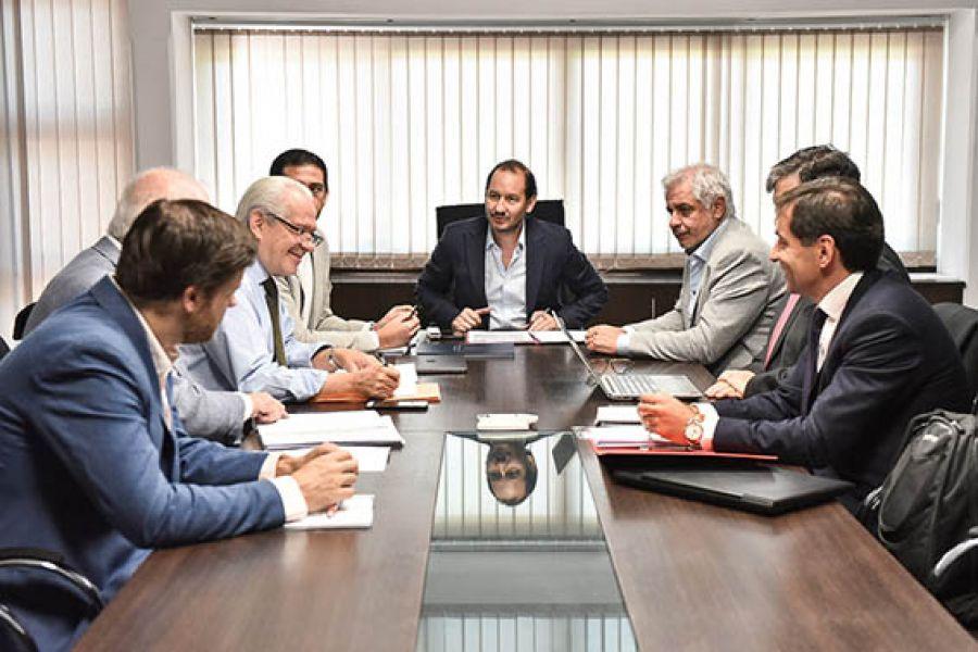 En reuniones área por área se profundiza la revisión del estado de situación general de la Provincia para el traspaso del Gobierno.