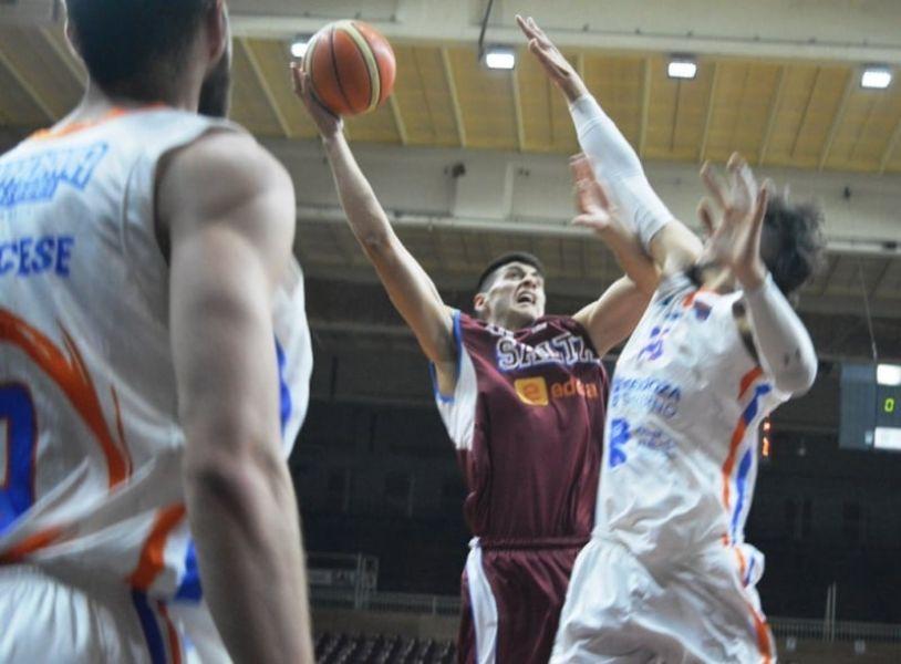 El quijaneño Emilio Stucky, goleador de Salta Basket
