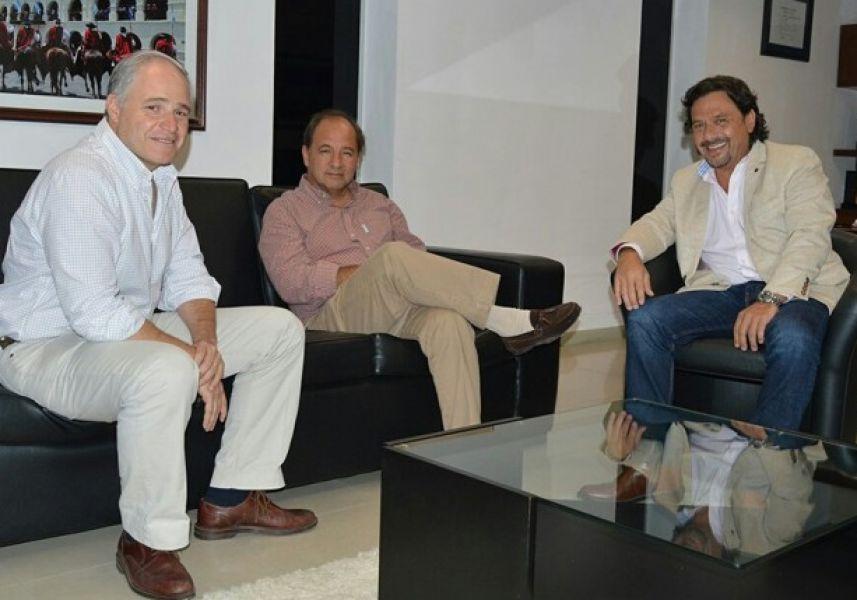 Matías Cánepa, Ricardo Villada y Gustavo Sáenz, sería la base del futuro Gobierno de la Provincia que asumirá el 10 de diciembre.