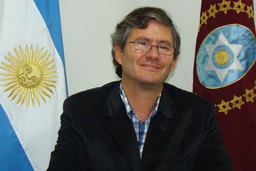 Esteban Amat Lacroix, principal aspirante a suceder a Manuel Santiago Godoy en la Cámara baja salteña.