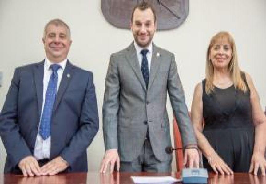 Darío Madile, Ángel Causarano y Laura García son quienes presidirán el nuevo Concejo Deliberante del periodo 2019-2021.