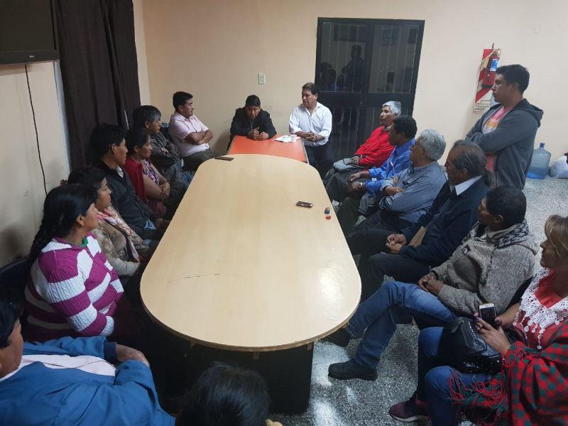 En una reunión de las referentes de comunidades indígenas se decidió elaborar un petitorio para que no se disuelva el Ministerio de Asuntos Indígenas.