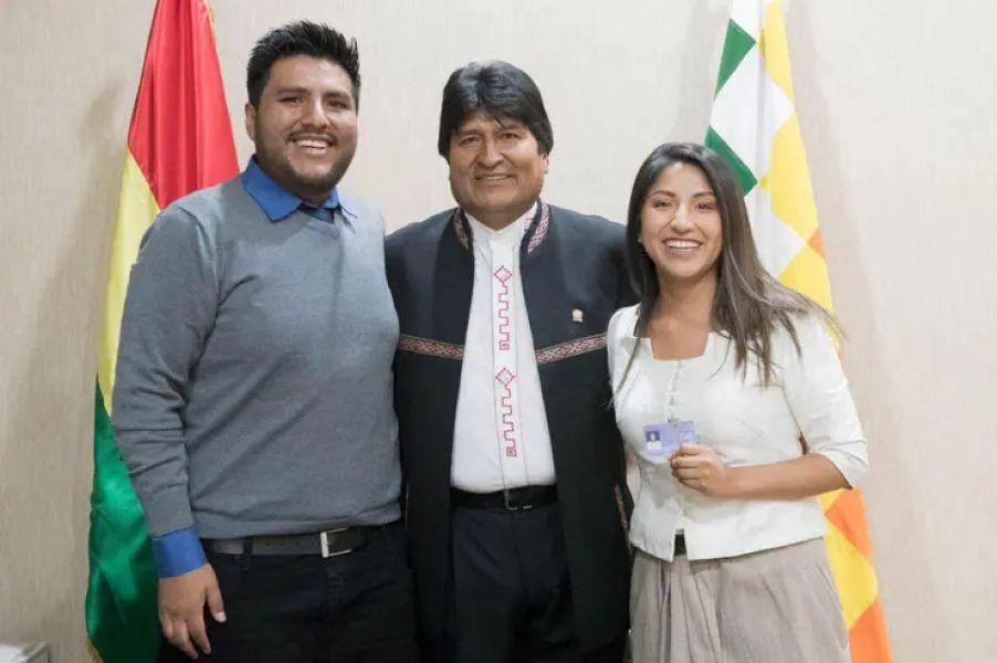 Evo Morales ya está en Argentina en calidad de refugiado junto a sus hijos Evaliz y Álvaro Morales. Hoy llega Alvaro García Linera.
