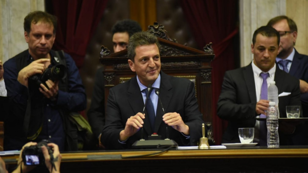Sergio Massa, titular de Diputados informó que la Cámara de Diputados no sesionará el 22 de enero tal cual estaba previsto.