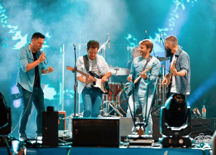 """El grupo salteño """"Ahyre"""" ahora es otro consagrado más de los festivales nacionales."""