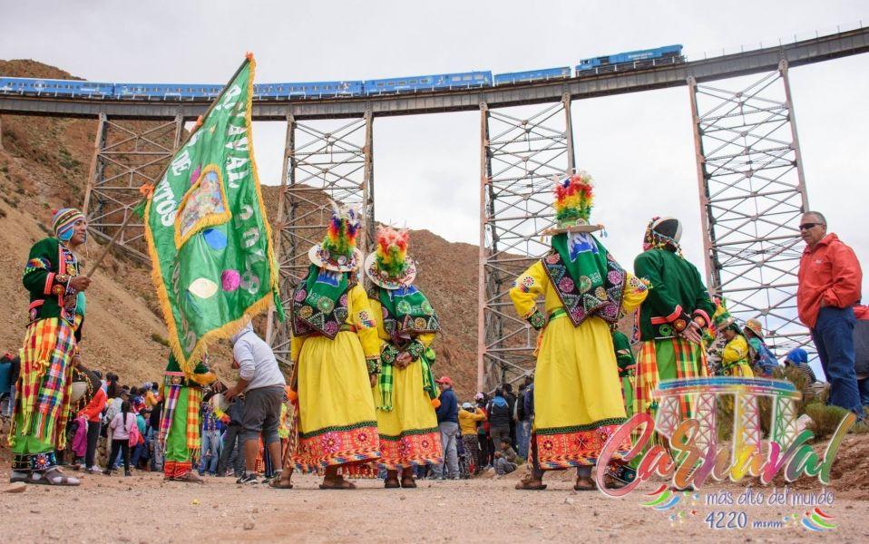 El grupo Coroico por primera vez se presentará en el escenario del Carnaval de la Puna a los Pie del Viaducto la Polvorilla.