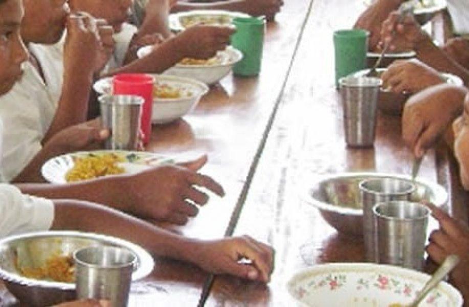 Los comedores escolares por ración diaria pasaría de $27,07 a 43,20 pesos por chico. El aumento en el presupuesto será del 60%.