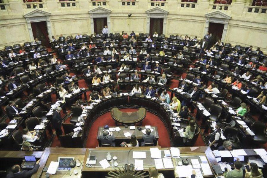 """El Poder Ejecutivo remitió ayer al Congreso un proyecto de ley que busca declarar """"capitales alternas"""" a 24 ciudades por los próximos cuatro años."""