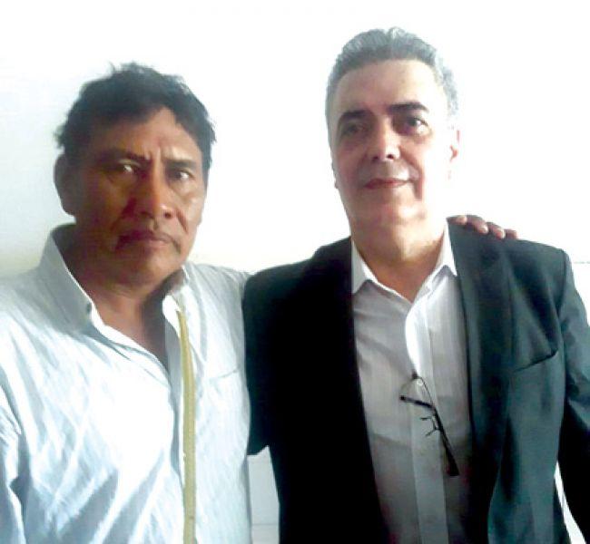 El cacique Celedonio Torres de la comunidad de Santa Victoria Este, se mostró conforme con la llegada del médico César Oviedo.