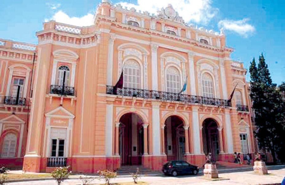 Sede del Palacio Legislativo salteño.