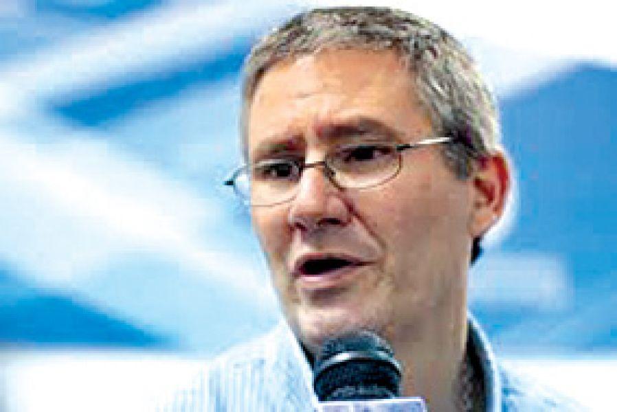Esteban Amat Lacroix, titular de la Cámara de Diputados.