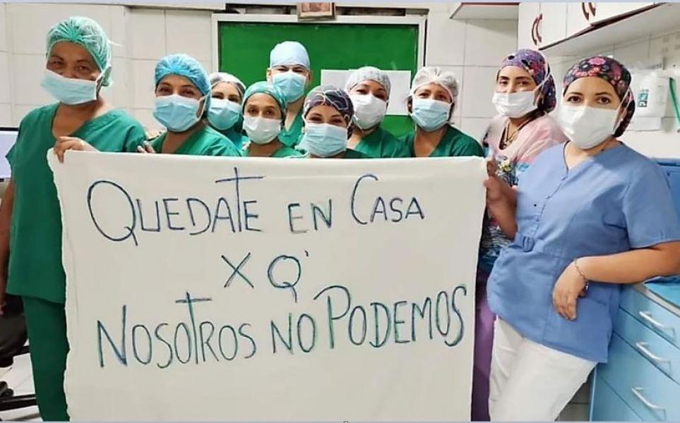 La foto que un grupo de trabajadores de la salud viralizaron en las redes sociales.