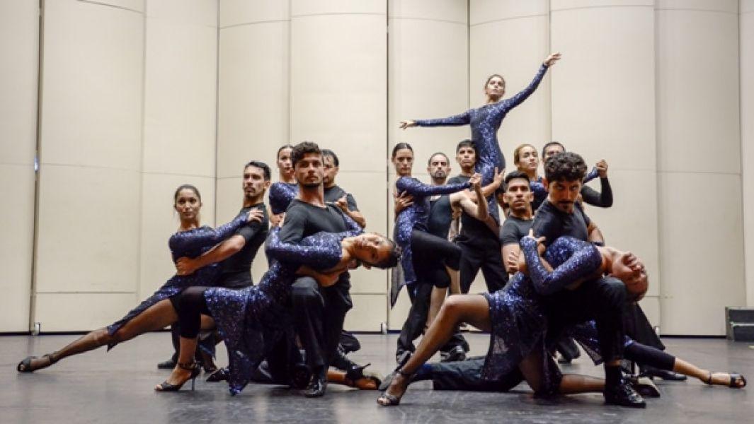 Encuturasalta.gov.ar/nube, hay conciertos y óperas de la Orquesta Sinfónica de Salta, espectáculos del Ballet de la Provincia y mas...