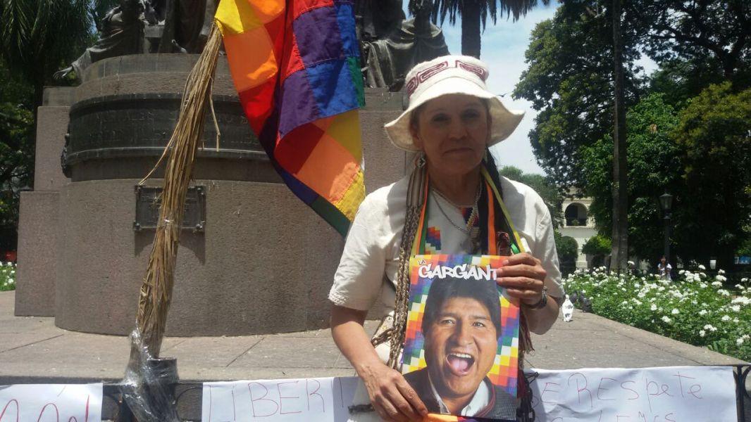 Margarita Mamaní acusó de terrateniente Bourlón y de poner tranqueras y candados en más de 7.000 hectáreas donde viven más de 100 familias.